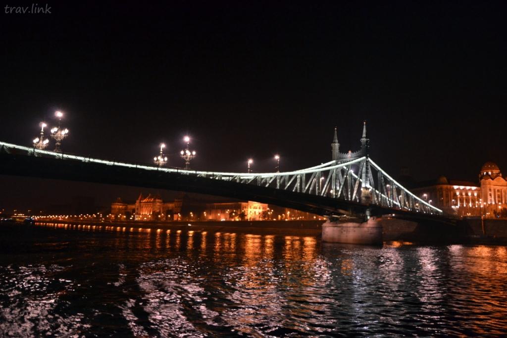 Мост Свободы (венг. Szabadság híd) — мост через реку Дунай в Будапеште.