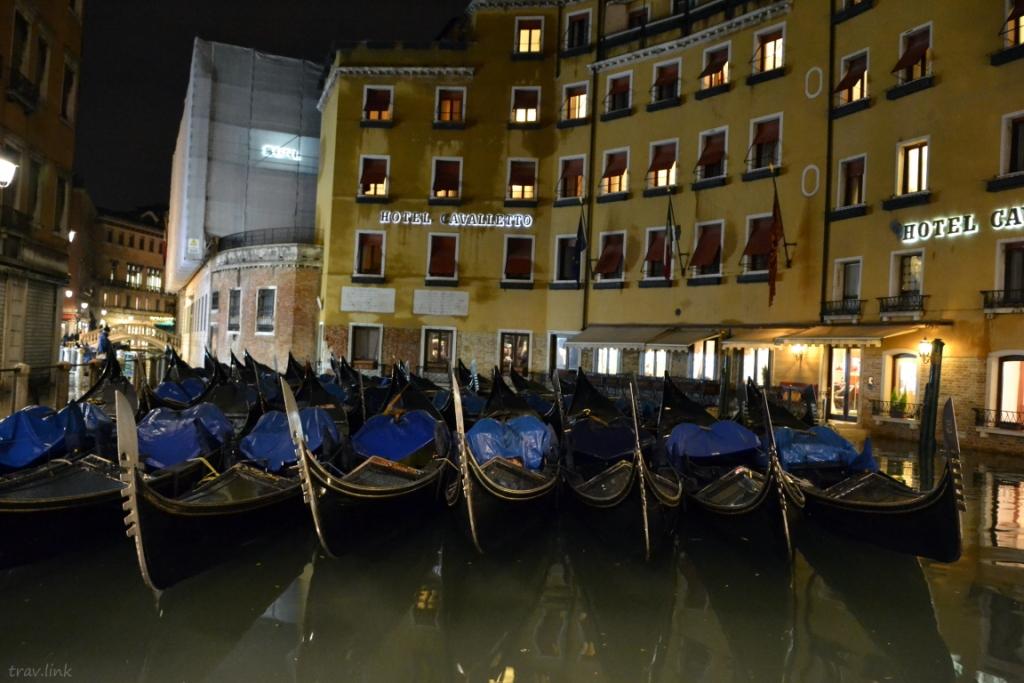 гандолы в Венеции фото