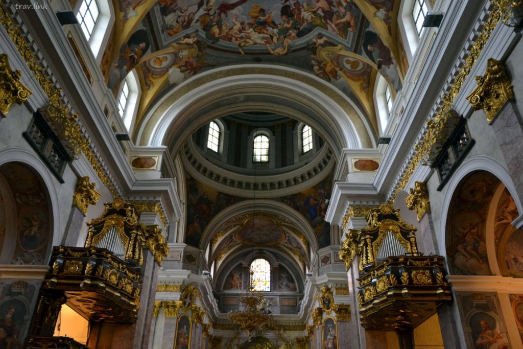 Собор Святого Николая фото внутри