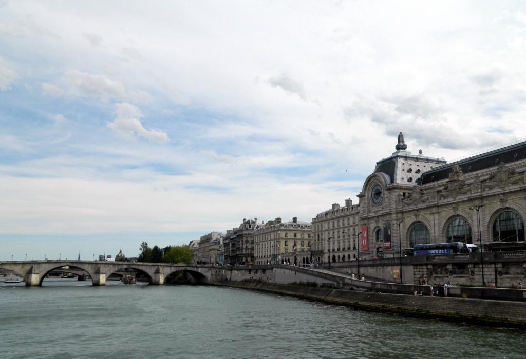 река Сена в Париже фото