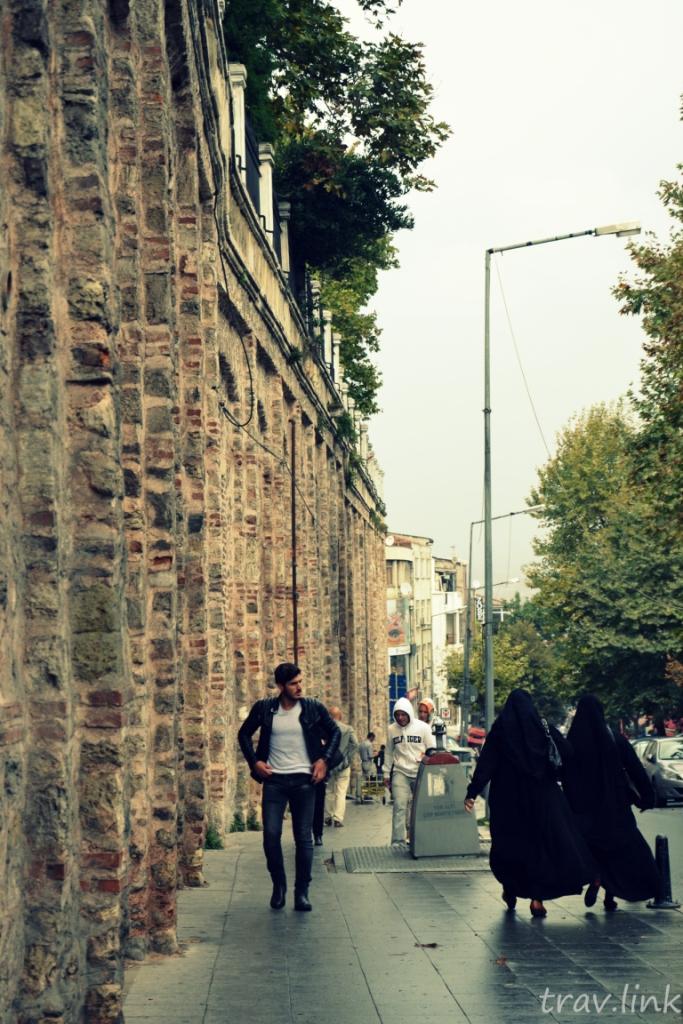 улица в Стамбуле фото