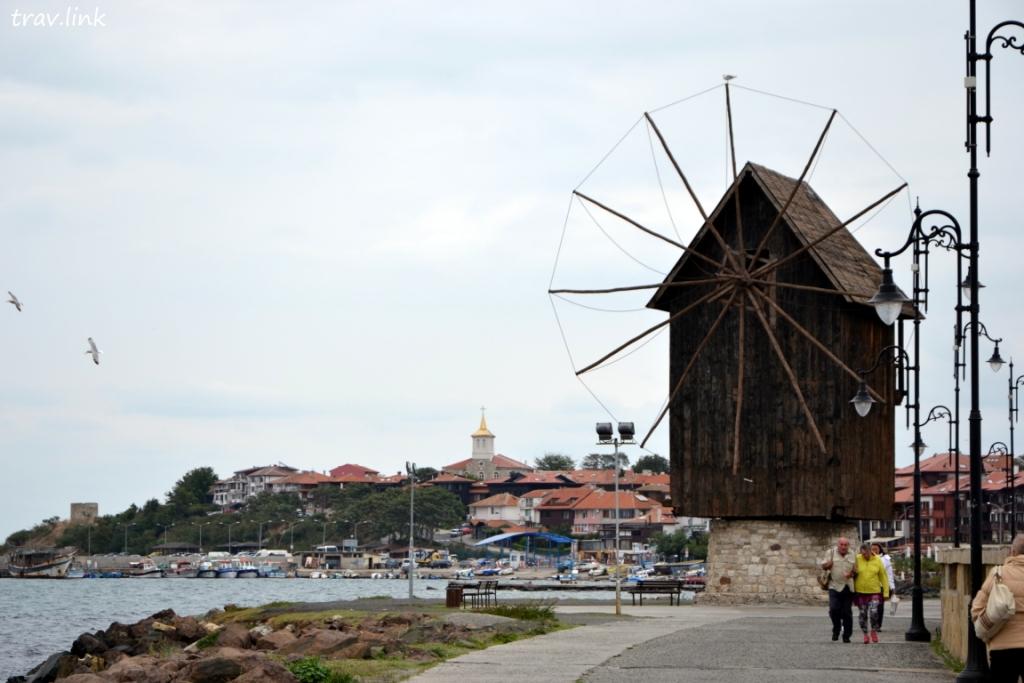 ветряная мельница в Несебре