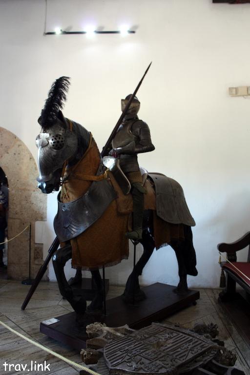 Санто-Доминго фото. Дворец Колумба внутри