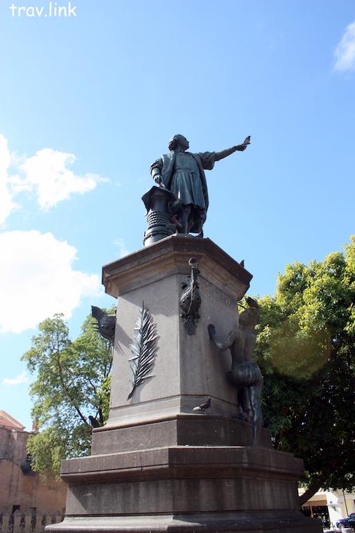 Санто-Доминго фото. Памятник Колумбу